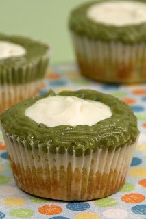 Avocado Lime Cupcakes: It Isn't Easy Being Green