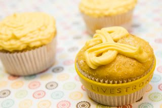 Saffron Cupcakes: Golden Threads Make a Treasure