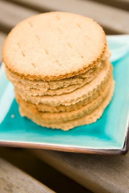 Homemade Graham Crackers Recipe: Graham Crackers Don't Have to Be Square