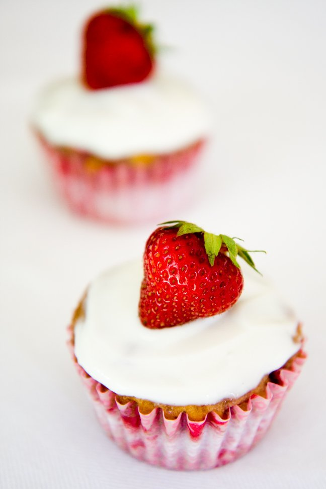 Healthy Greek Yogurt Frosting