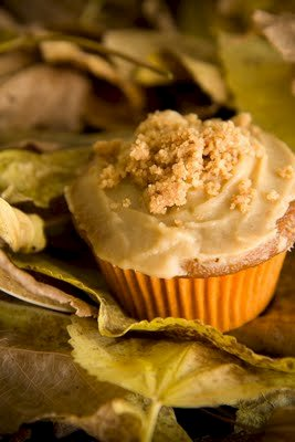 Sweet Potato Casserole Cupcakes With Crumb Topping