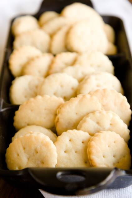 Homemade Ritz Crackers Recipe