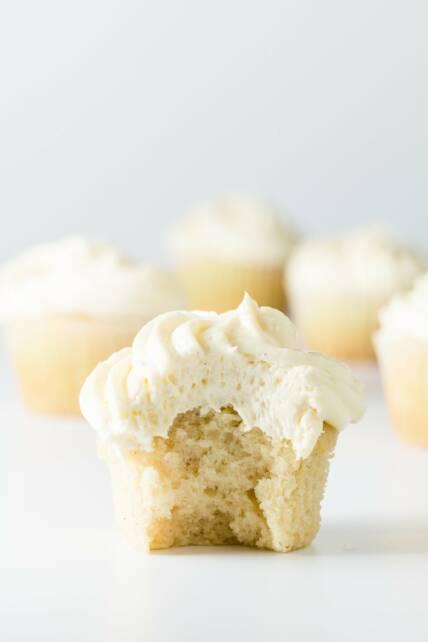 Vanilla cupcake cream cheese frosting recipe