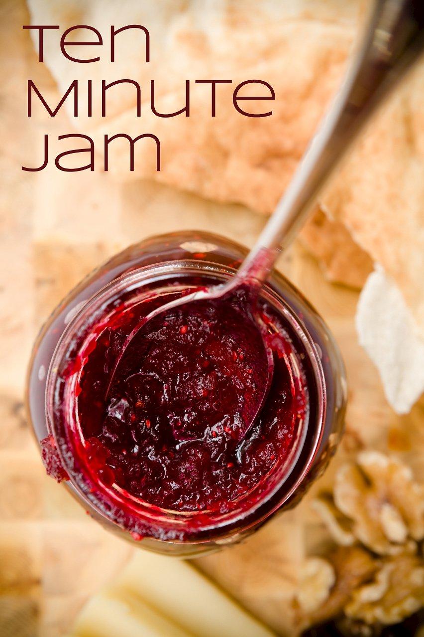 Homemade Tart Cranberry Jam in Ten Minutes