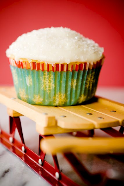 Winterfresh Cupcakes Made with Mastic and Lime