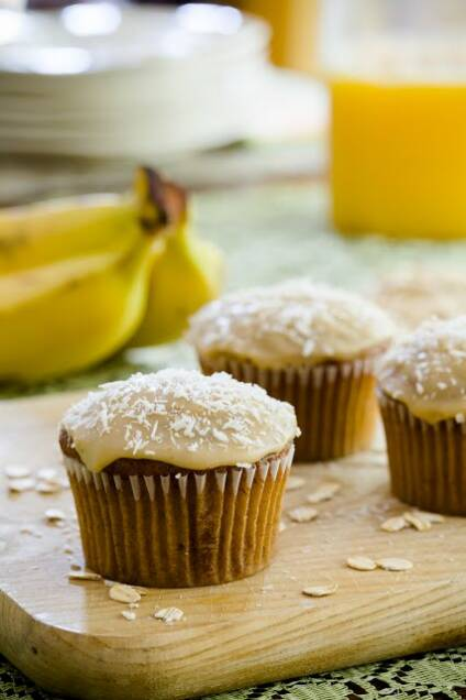 Banana Oat Cupcakes and a Tour of Bob's Red Mill