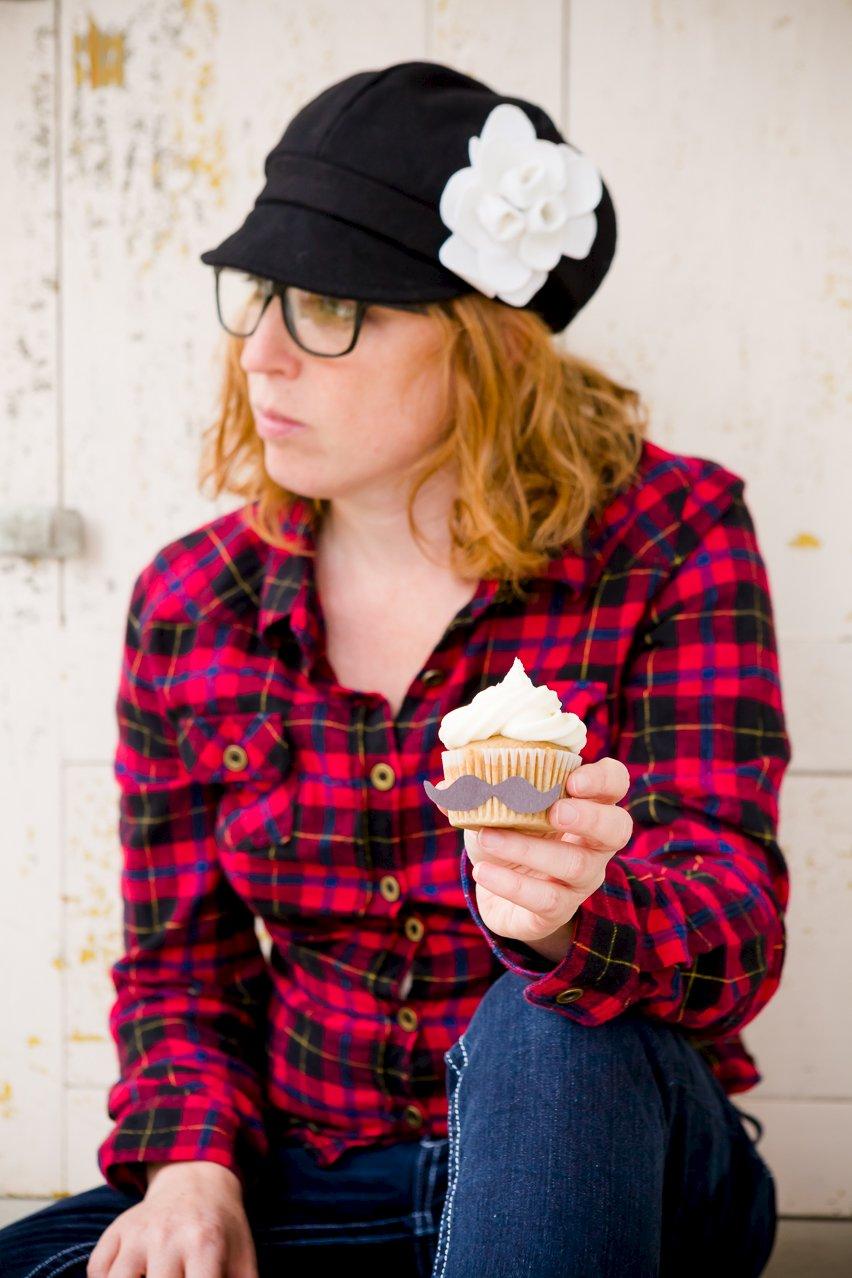 Hipster Cupcakes – Vegan PBR Cupcakes with Vegan Buttercream Frosting