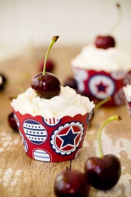 Cherry Cobbler Cupcakes