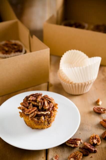 Sticky, Gooey, Nutty Pecan Pie Cupcakes