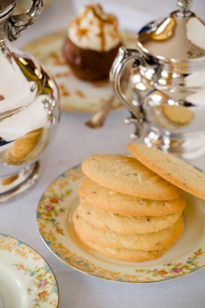 Shrewsbury Biscuits: Downton Delights