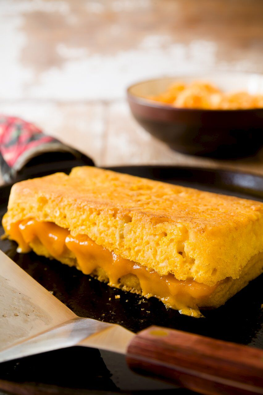 The Ultimate Mac 'n' Cheese Grilled Cheese