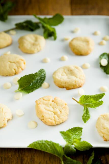 Mint White Chocolate Cookies