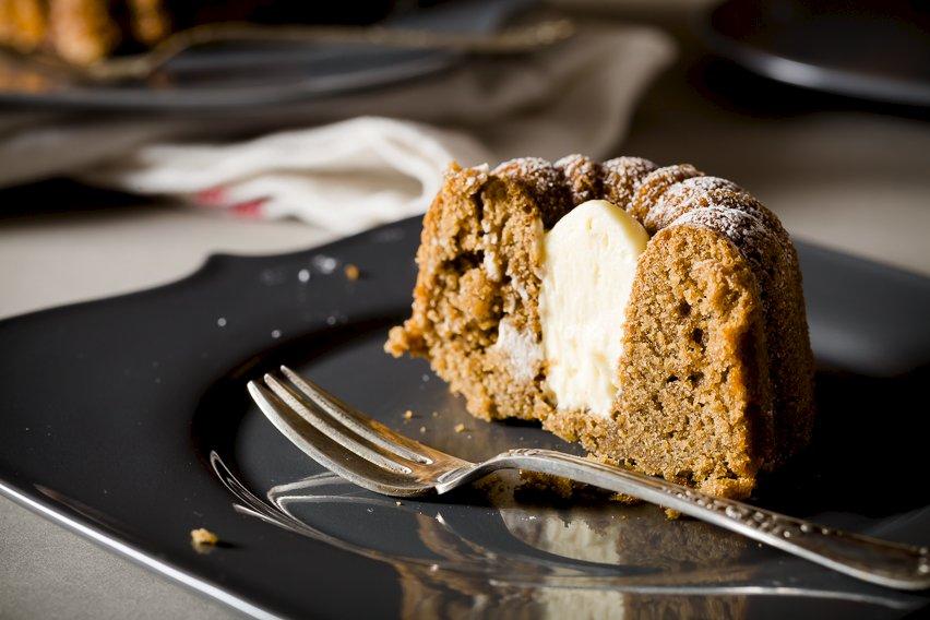 Cafe au Lait Mini Cake