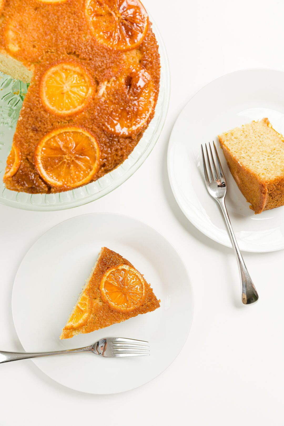 Olive oil cake with oranges
