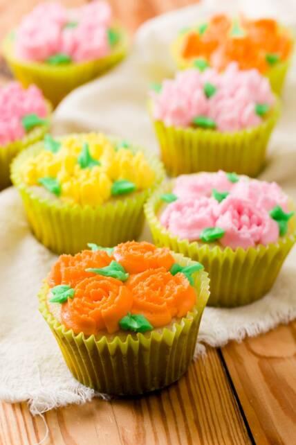 Russian Piping Tips Cupcakes