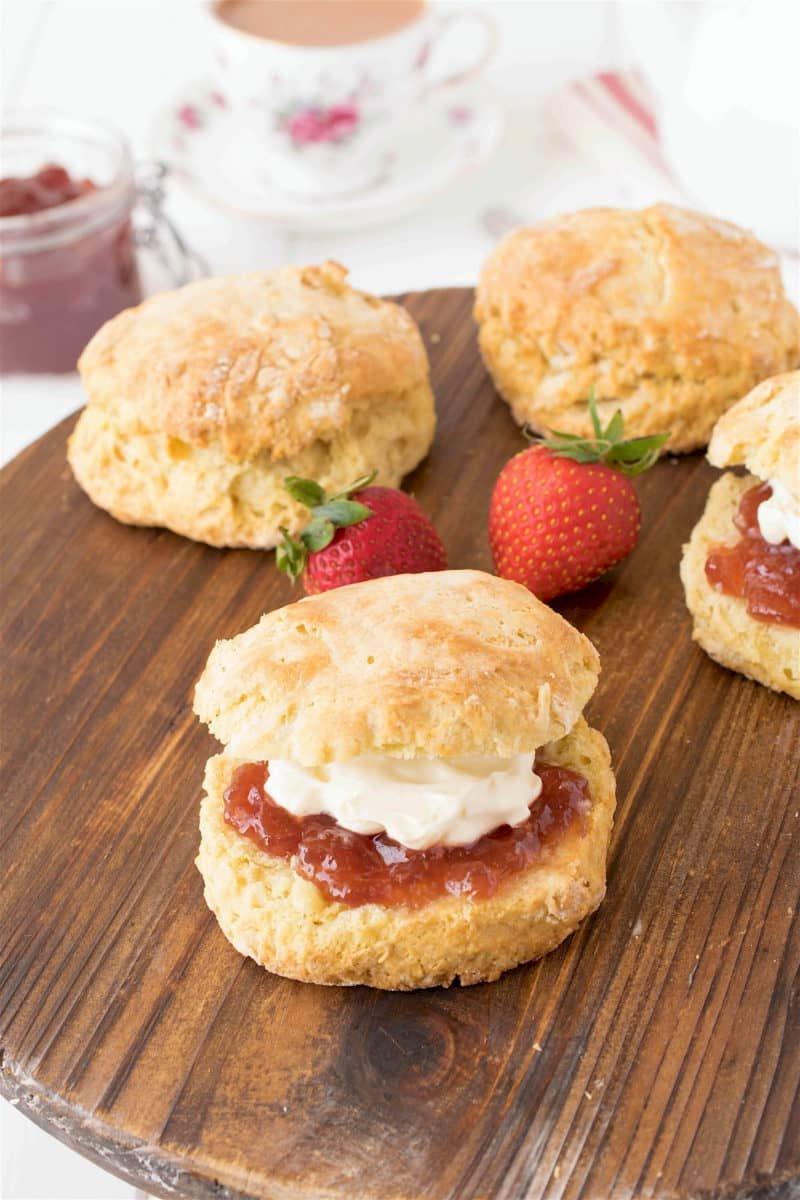 Classic-English-scones