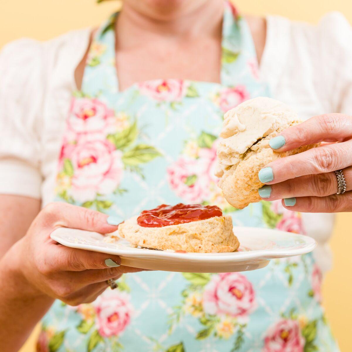 Clotted Cream Ice Cream Sandwich