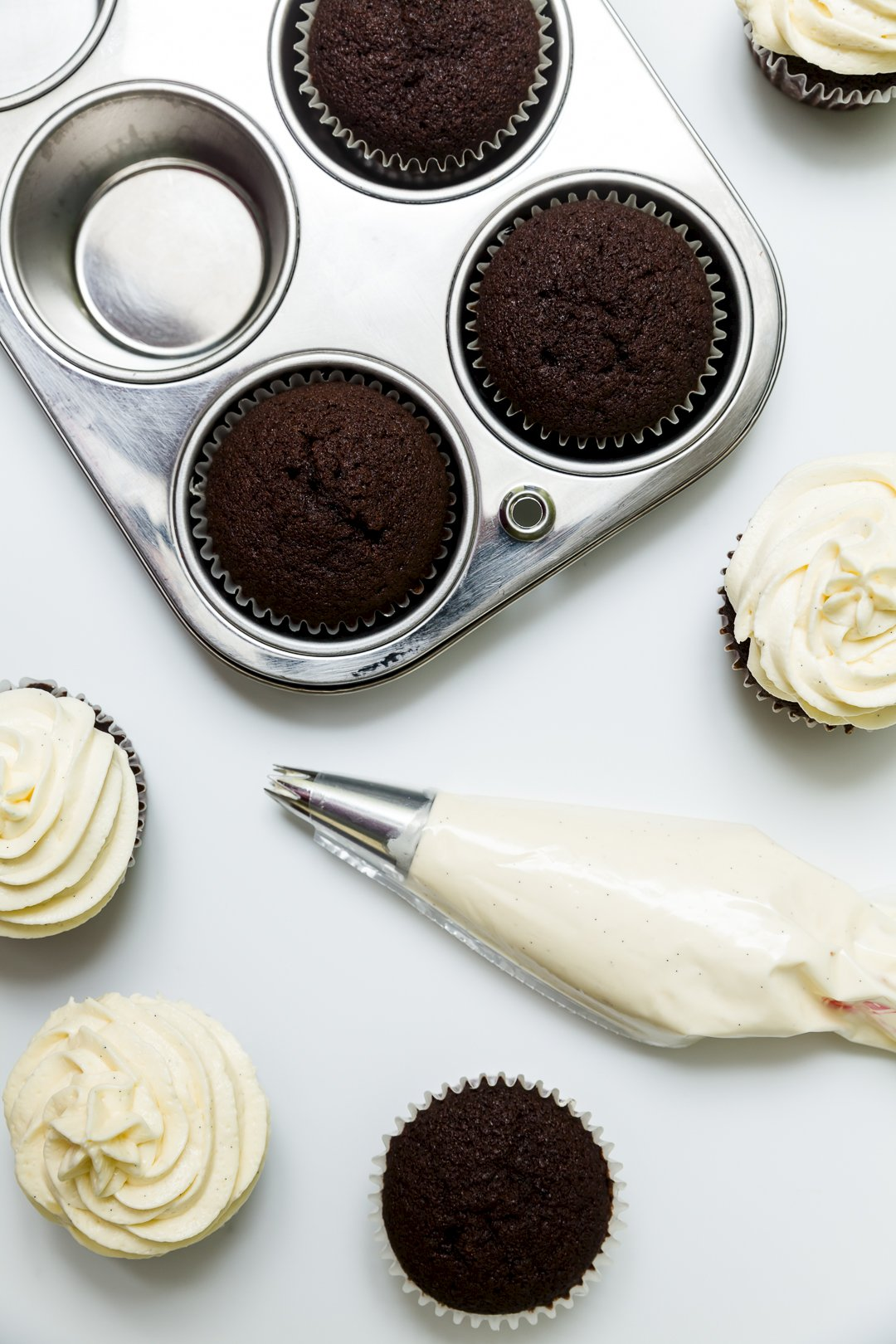 The Best Cupcake Frosting Recipes Frostings For Cakes And Cupcakes