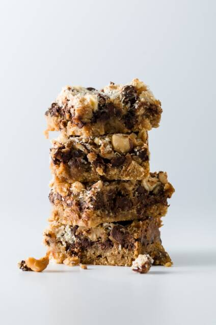 Hazelnut FrappaChata 7 Layer Bars