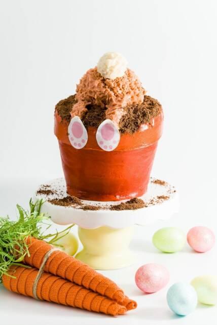 Easter Bunny Butt Flower Pot Cake & Easter Bunny Butt Flower Pot Cake | Cupcake Project