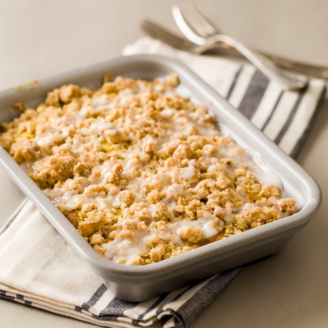 Golden Latte Crumb Cake