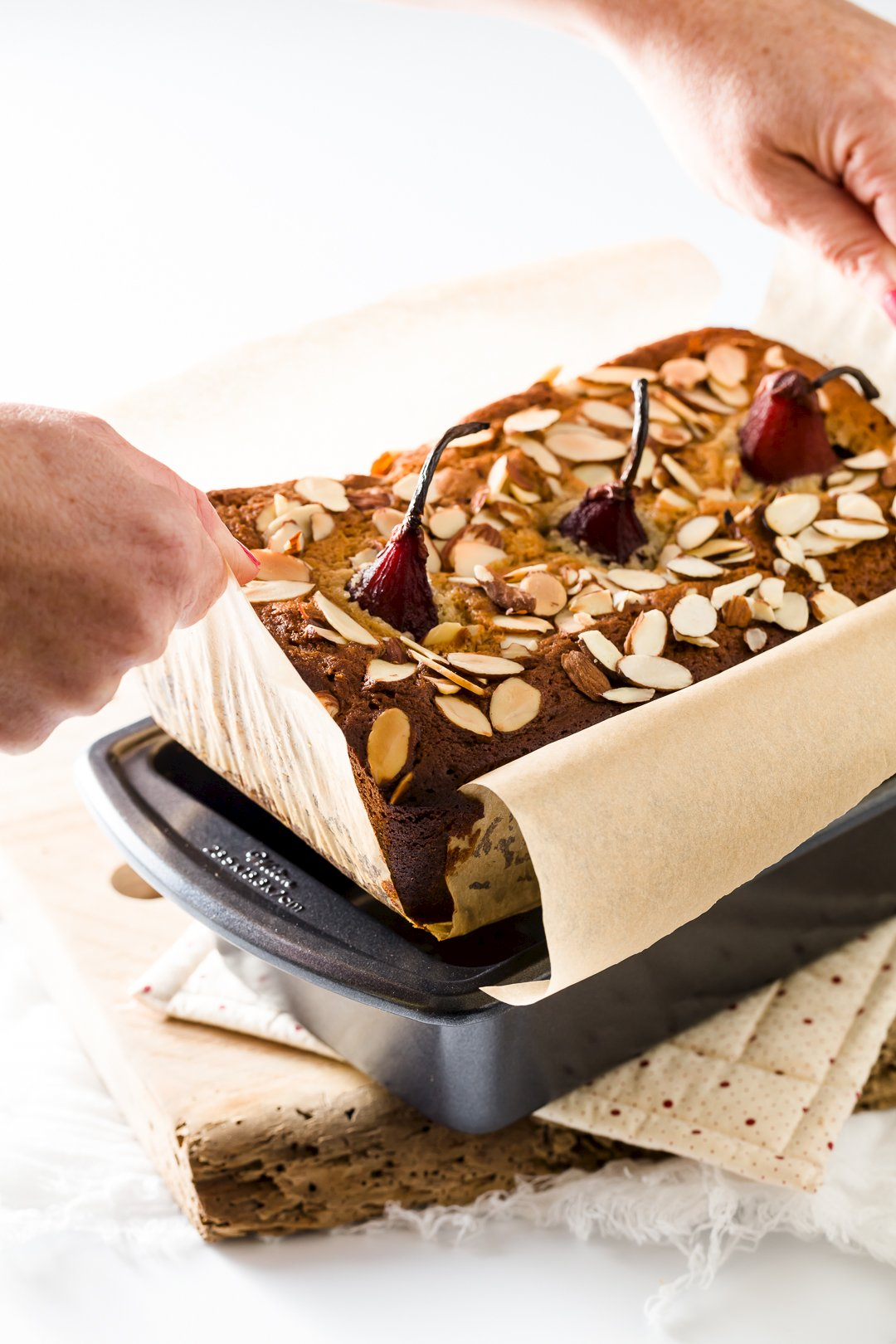 Removing cake from loaf pan