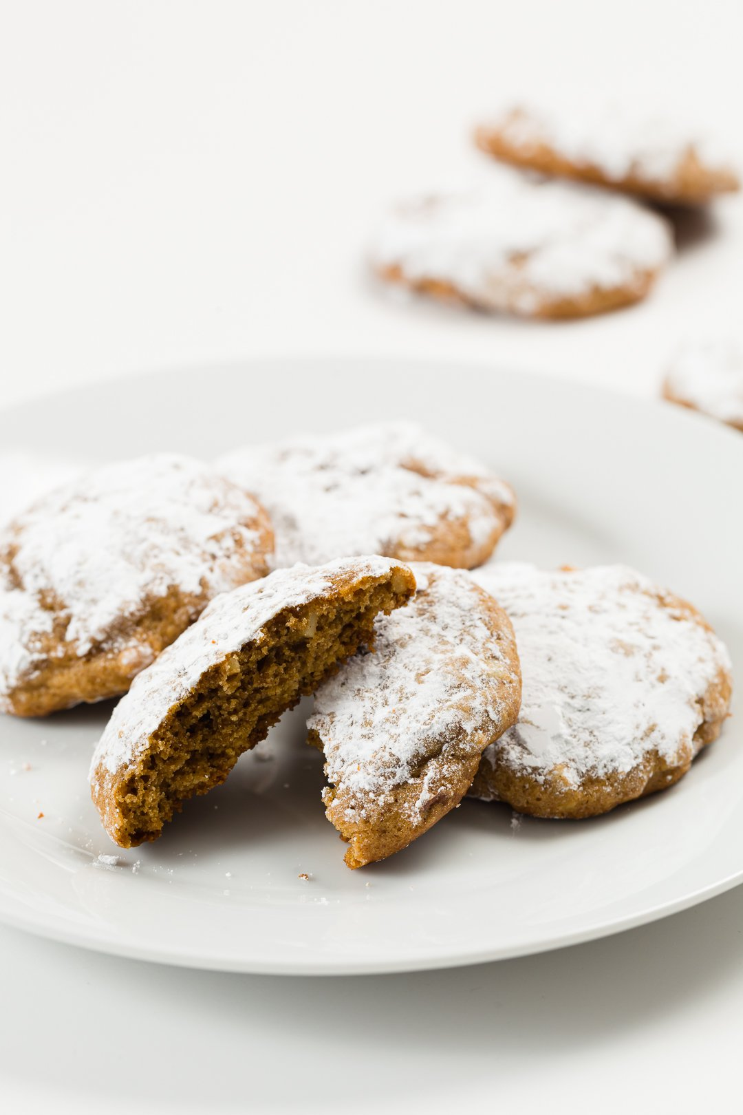 German Peppernut (Pfeffernusse) Cookies