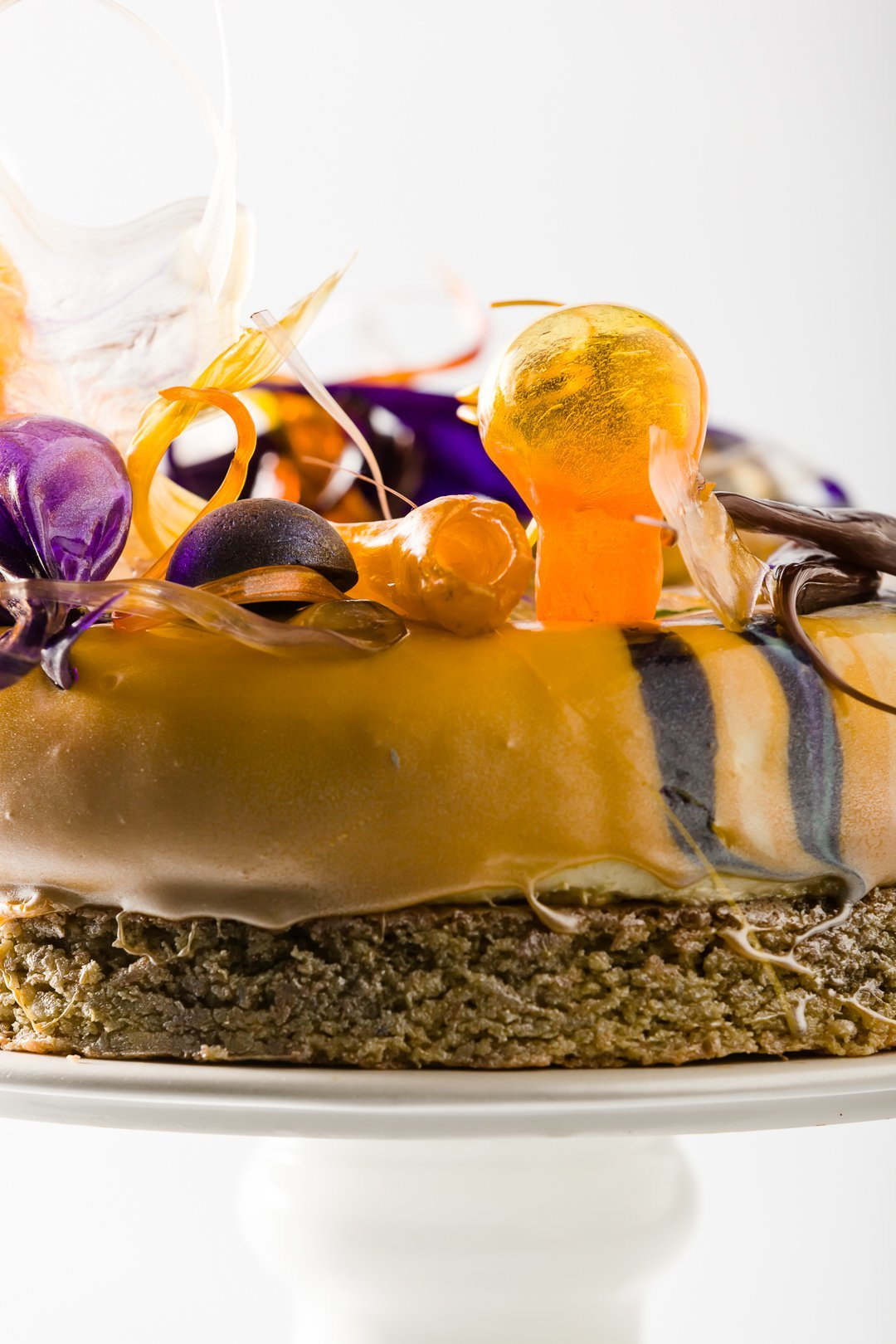 Isomalt globe on a cake