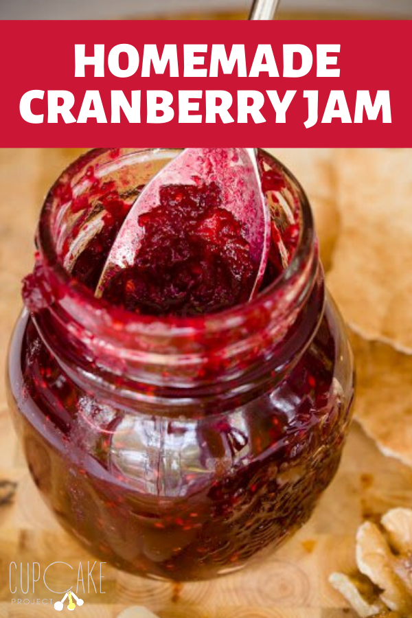 It is so easy to make cranberry jam - it\'s done in ten minutes! Plus, this homemade jam is sweet and tart and wonderful on bread, as a filling for sandwich cookies, and in cakes and cupcakes. #cranberryjam #homemadejam